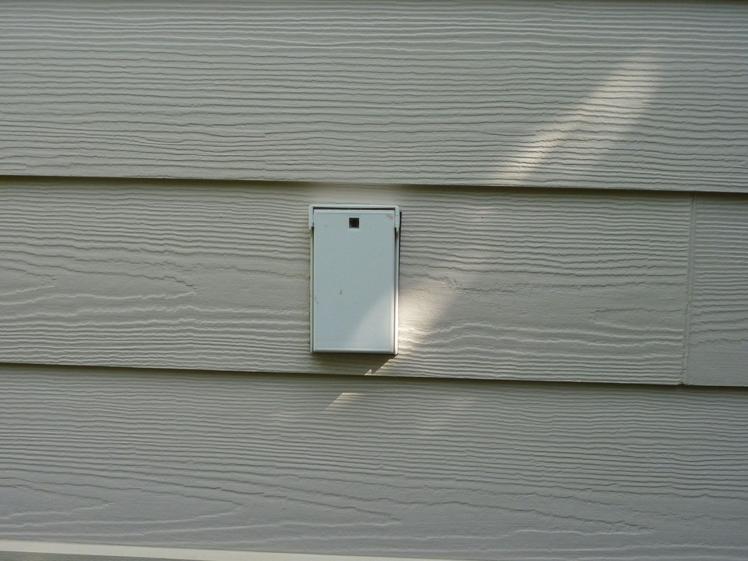 outdoor outlet box without water proof cover